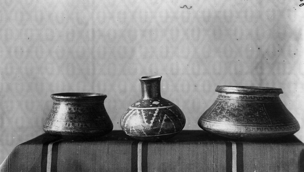 Trois vases d'Ica