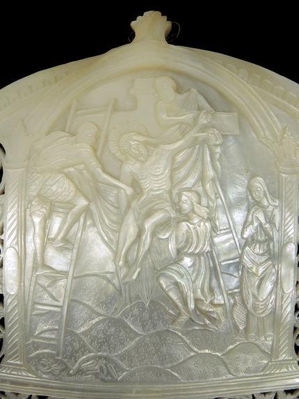 Coquille de pèlerin sculptée