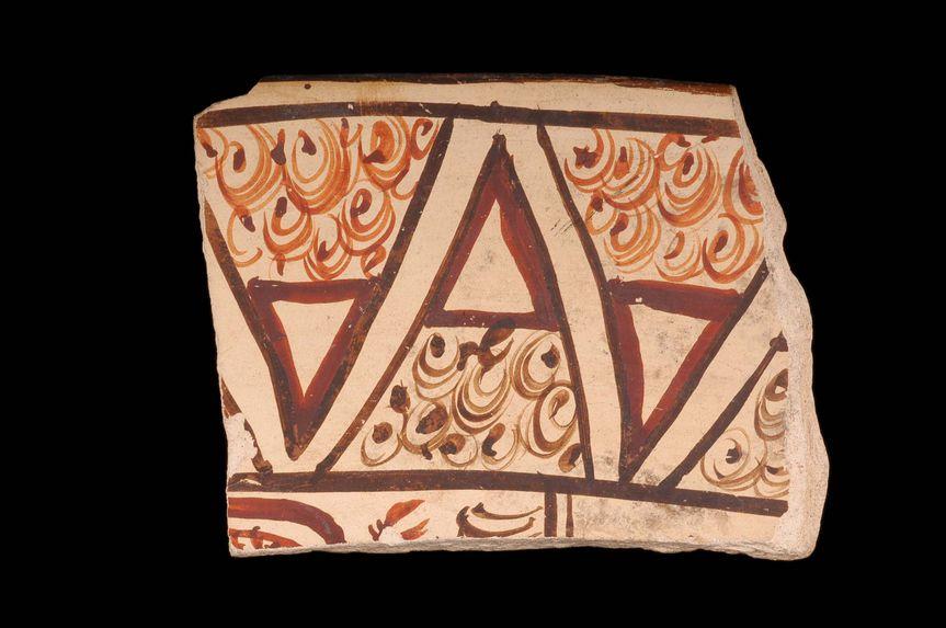 Bord de vase décoré