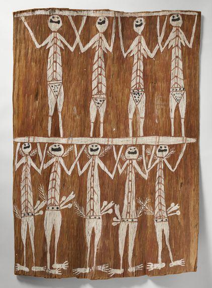 Neuf mimi portant deux troncs d'arbre