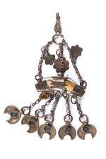 Pendeloque-amulette