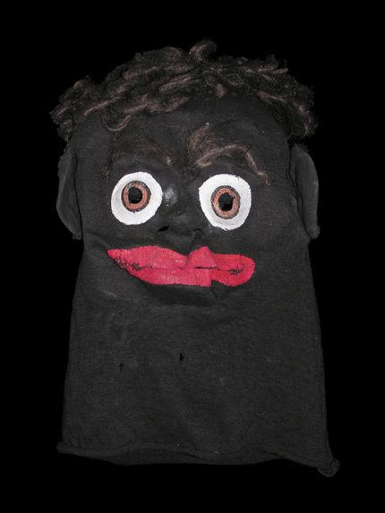 Masque-cagoule de déguisement représentant un homme noir