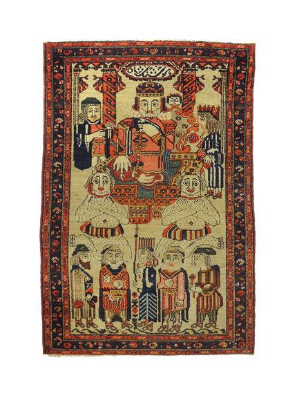 Tapis représentant une scène du Livre des Rois ou Shahnameh