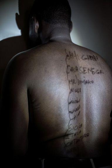 Body Maps : Workshop, Mohamed Jawo 1, Rome, Refugee Scart