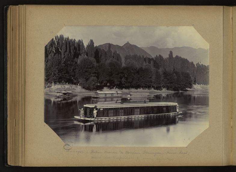 Srinagar, bateau-Maison de Monsieur Dauvergne (House-boat)