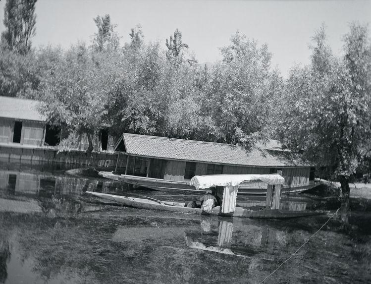 Embarcation et habitation flottante