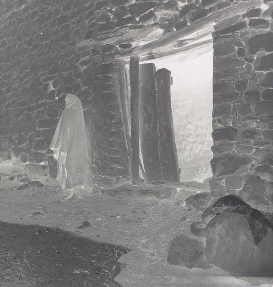 Gelaa 2. Porte principale à clavettes