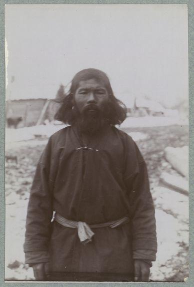 Sans titre [homme portant la barbe]