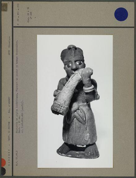 Statuette en argile latéritique