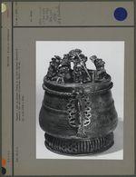 """""""Kuduo"""" : pot en bronze pour les offrandes"""