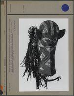 Masque en bois tendre