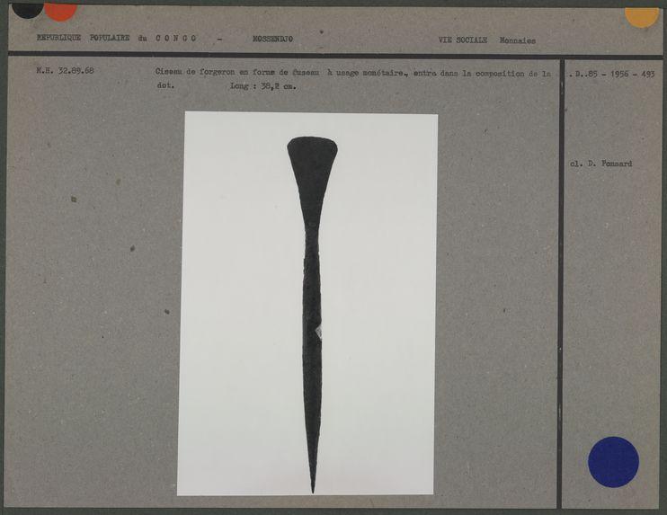 Ciseau de forgeron en forme de fuseau