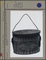 Pot à miel en bois, utilisé pour la récolte