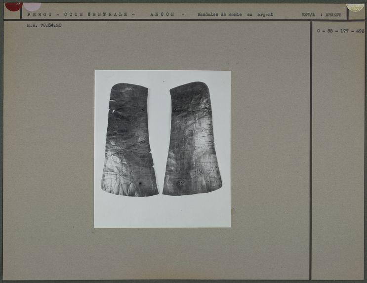 Sandales de momie en argent