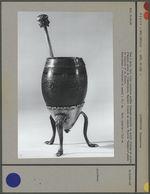 Vase à maté et support tripode en argent