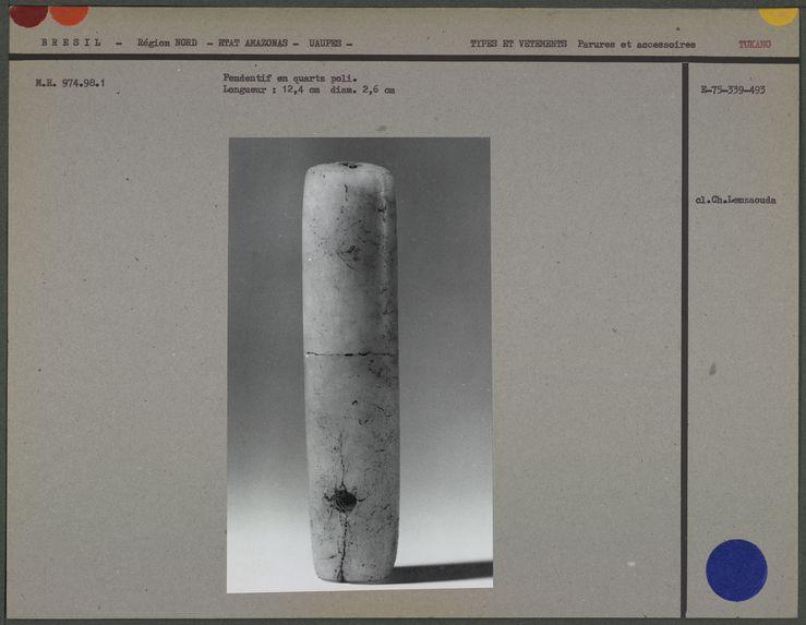 Pendentif en quartz poli