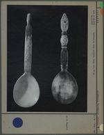 Cuillères en corne sculptée
