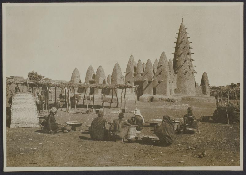 La mosquée de Tchériba, Koudougou, Haute Volta